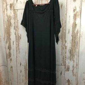 Dresses & Skirts - Vintage Elvira Style Dress. Size 18.